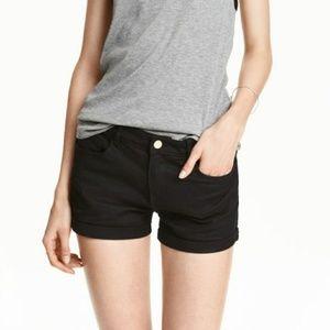 H&M Solid Black Cuffed Denim Shorts Basic Simple